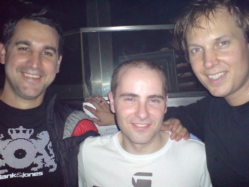 Vos photos avec des DJ's Merlin_Blank_and_Jones